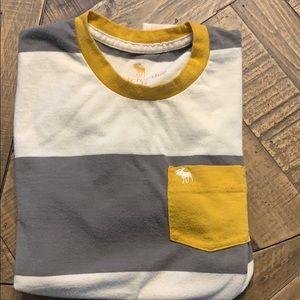 Grey and yellow t shirt
